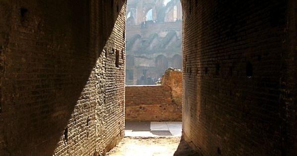 Door way @ coliseum Roma