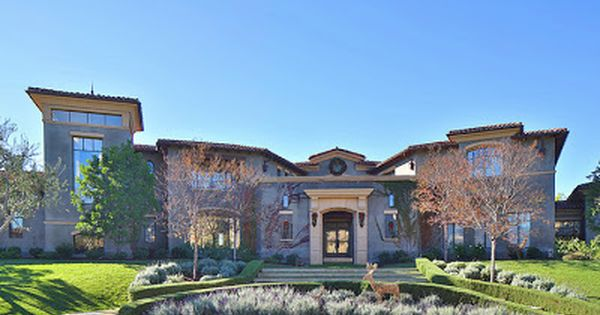 Keyshawn Johnson Calls This Calabasas Mansion Home Behind The Exclusive Gates Of The Oaks