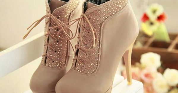 High Heels Boots with Rhinestone $29.99 Google http://Zopee.com for more designs http://www.lrpvcgi.com