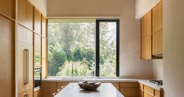 Great Kitchen Via Dwell Com In 2020 Black House Valle De Bravo Weekend House