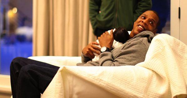 Jayz holding Baby Blue