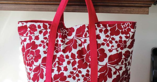 The Martha Market Bag is designed as a market or grocery bag.
