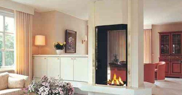 Insert Double Face Dans Salon Et Salle A Manger Avec Deco Contemporaine Double Sided Fireplace Double Sided Gas Fireplace Two Sided Fireplace