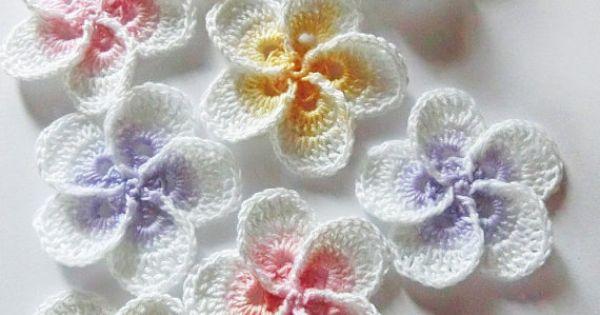 Crochet Hibiscus Flower Pattern Free : H?keln Sie Plumeria Blumenmuster. von goolgool auf Etsy ...