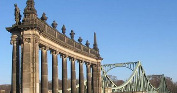 Top 10 Historical Must Sees Of Berlin A Luxury Travel Blog Berlijn Duitsland