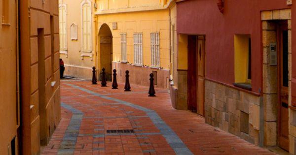 evysinspirations: Street View - Monaco (by L F Ramos-Reyes)