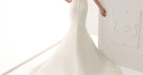 Cheongsam Inspired Lace Back Wedding Gown...