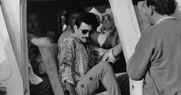 Elicottero Queen : Quot i won t be a rock star will legend freddie