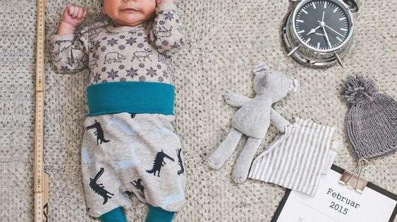 diese 10 babyfotos solltet ihr nach der geburt unbedingt machen nach der geburt erweiterungen. Black Bedroom Furniture Sets. Home Design Ideas