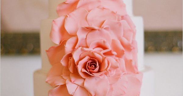 See more about peach wedding cakes, wedding cake pink and pink rose