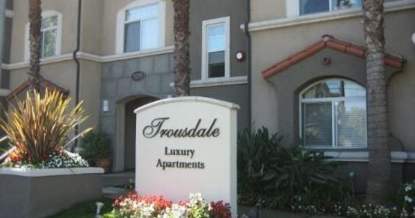 Check Out Trousdale Apartments On Rent Com Los Angeles Apartments Trousdale Apartment