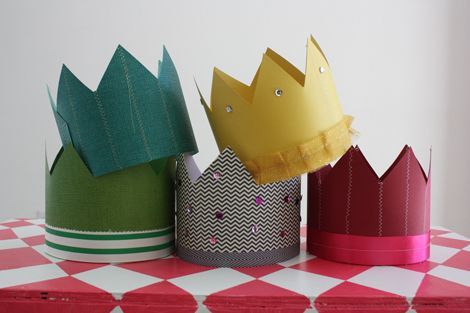 Single Coloured Card Crown for Kids to DecorateMake /& Decorate