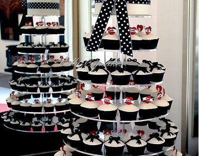 Rockabilly Wedding cake by Bella Cupcakes (Vanessa Iti ...