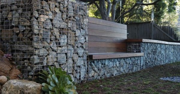 retaining wall - contemporary landscape by Jeffrey Gordon Smith Landscape Architecture