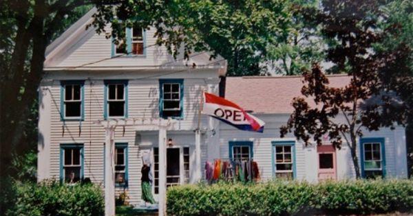 Hannah S In Wellfleet Ma Wellfleet House Styles Cape Cod