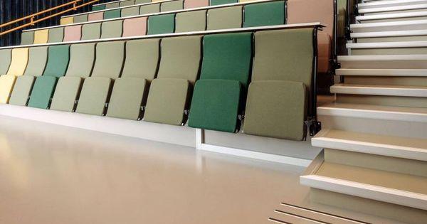 Svetla Kaucukova Podlaha Artigo V Norske Zemedelske Skole Podlahy Boca Light Rubber Flooring Artigo In Norwegian School Boca Stra Rubber Flooring Flooring