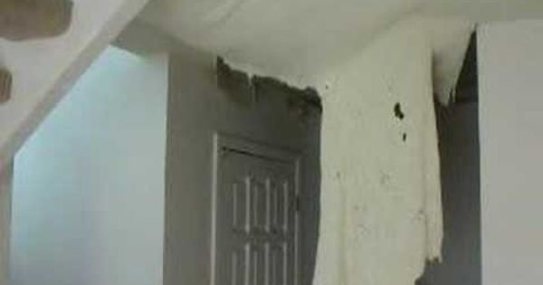 Can Popcorn Ceilings Be Removed After They Have Been Painted Remodel Bedroom Popcorn Ceiling Small Bedroom Remodel