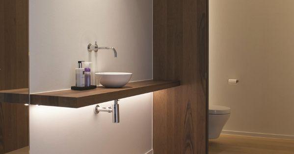 Badkamer met lichte parketvloer planken royal natural customized door lamett badkamer - Badkamer imitatie parketvloer ...