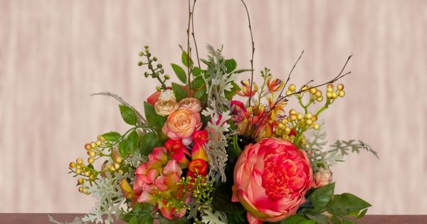119 sa603 set in an all natural terra cotta container this arrangement contains cabbage roses - Terras arrangement ...