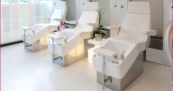 Resultat De Recherche D Images Pour Chaise Pedicure Salon Design Interior Beauty Salon