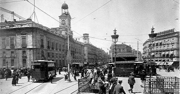 Puerta Del Sol 1915 Antes Y Ahora Pinterest El Sol