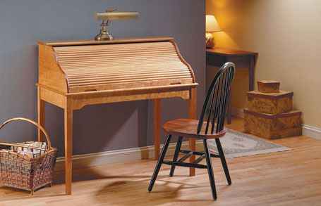 Roll Top Desk Woodsmith Plans A Tambour Door Is Only Part Of What Makes This Desk Special It Also Features A Simple Cl Roll Top Desk Desk Furniture Plans
