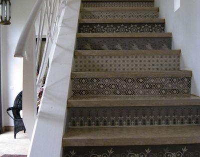 contre marche pour escalier de la vieille maison. Black Bedroom Furniture Sets. Home Design Ideas
