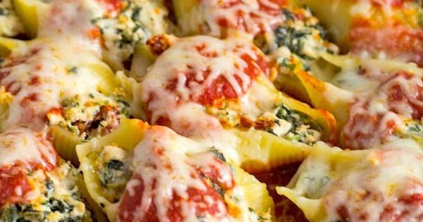 Sun Dried Tomato, Spinach, and Chicken Stuffed Shells ...