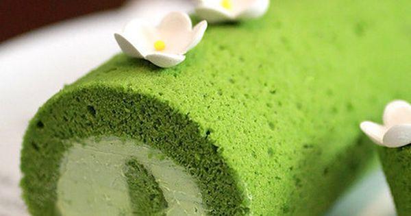 Matcha Roll (Green Tea Swiss Roll)   Recipe   Green Teas, Teas and ...