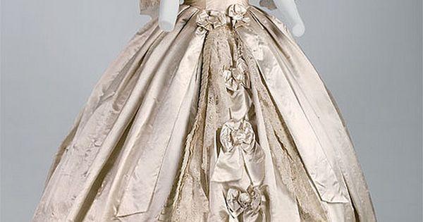 Worth & Bobergh gown Worth & Bobergh Evening gown, 1861 Silk satin,