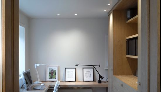Contemporary home office design like the layout for a for Long narrow office layout