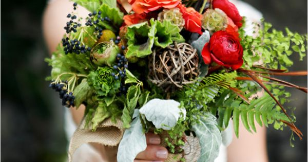 woodsy wedding bouquet