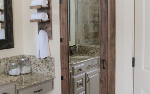 Diy bathroom mirror storage case hidden storage - Bathroom mirror with hidden storage ...
