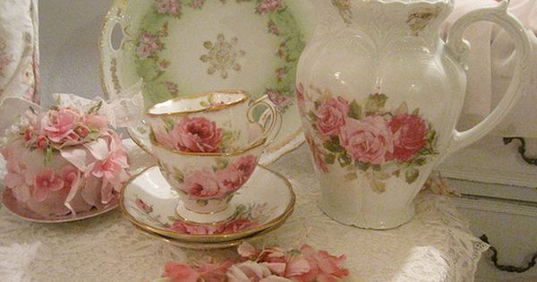 Sweet Tea pot and cups