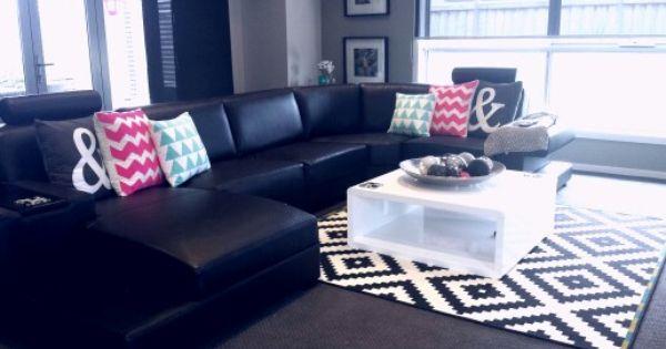 Black white pink aqua living room ideas living room for Black and pink living room designs