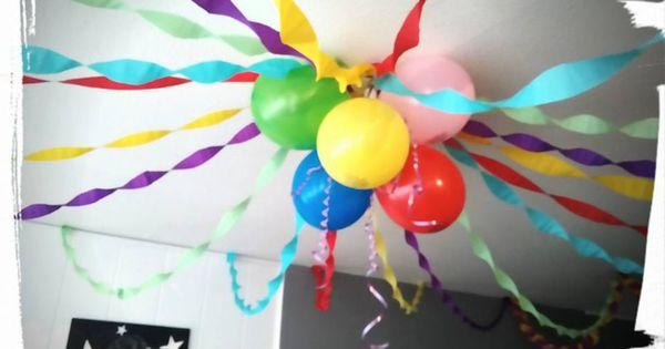 d coration anniversaire papier cr pon ballon arc en ciel anniversaire th me anniversaire. Black Bedroom Furniture Sets. Home Design Ideas