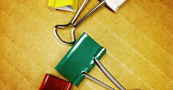 13 uses for binder clips binder clips and binder. Black Bedroom Furniture Sets. Home Design Ideas