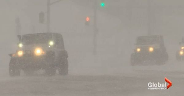 Jeep Club Volunteers Drive Hospital Workers During Winter Storm