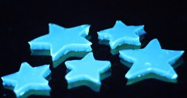 Kids in the Kitchen: Glow in the Dark Food, How awesome would