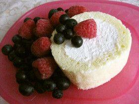 速攻でも間違いないロールケーキ by 桃茶の母 レシピ ロールケーキ ケーキ ロール