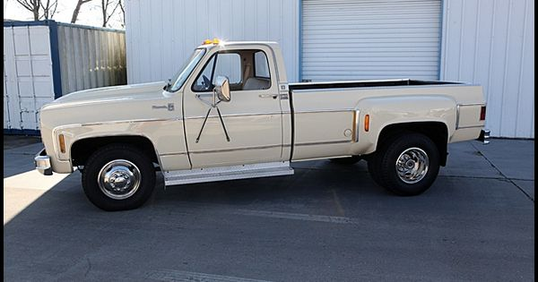 1977 Chevrolet 1 Ton Dually Pickup Camper Special 454