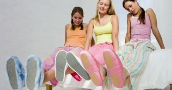Slumber Party Ideas For 10 Year Old Girls Ehow Com Girls Slumber Party Girl Sleepover Girl Bday Party