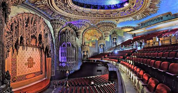 Pin By Elite Adventure Tours On Los Angeles Seen With Elite Adventure Tours Historic Theater United Artists Theater Old Movies