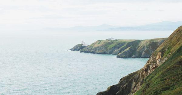 A Trip To Howth Photos By Mela Mortenback Sistermag13 Ireland Abenteuerreisen Schone Orte Reisen