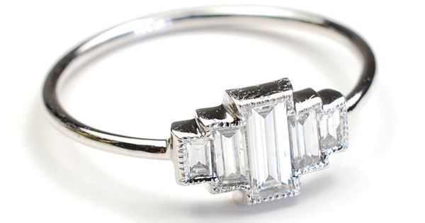 This Art Deco-inspired ring is beyond beautiful.