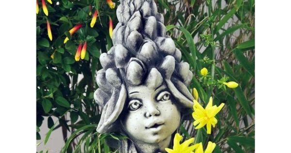 Die Lupinen Sind Eine Pflanzengattung In Der Unterfamilie Der Schmetterlingsblutler In Mitteleuropa Trifft Man Am Haufigsten Die Vi Blumenkinder Blumen Steine