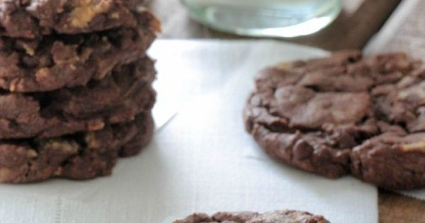 Chocolate Cake Reeses Peanut Butter Chunk Cookies | Chocolate cakes ...