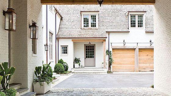 Favorite architectural feature porte cochere casas for Piani di casa porte cochere