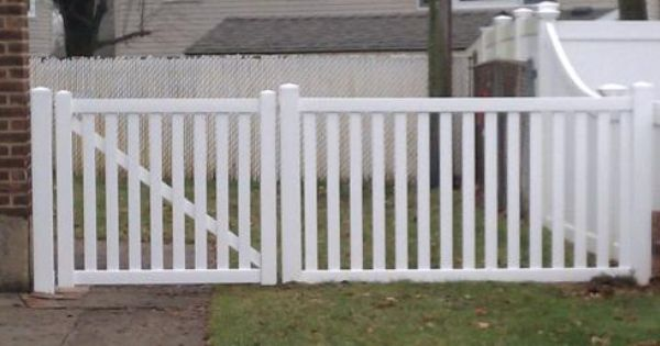 Veranda Ohio 4 Ft H X 8 Ft W White Vinyl Un Assembled Fence Panel 73012319 The Home Depot White Vinyl Fence Vinyl Fence Fence Panels