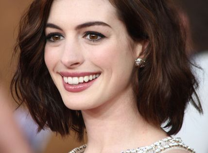 Anne Hathaway. Long Bob. Hair Color.